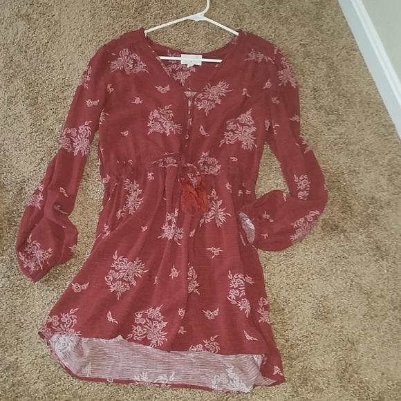 40540bd530c Everly Dresses   Skirts - Everly Size Large - Short Dress - Long Sleeve NEW